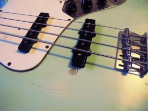 Squier Jazz Bass Barbara Ann